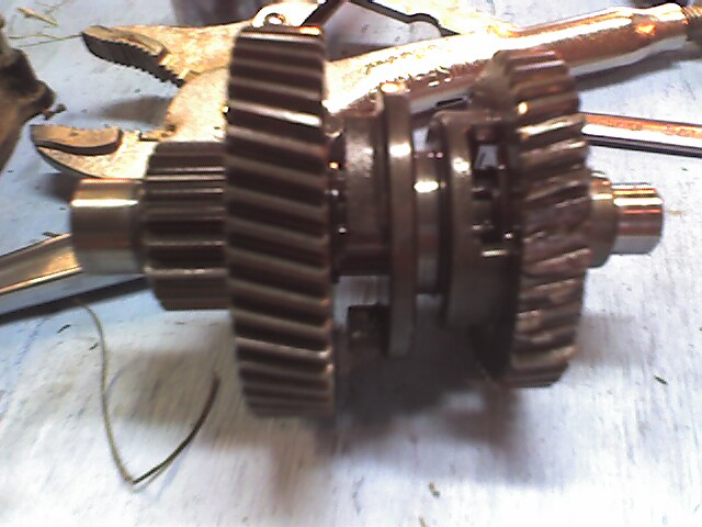 Tell me about transmission gears-photo_110609_001.jpg
